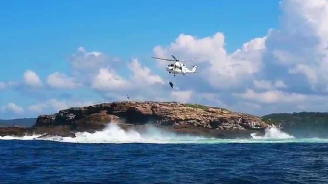VIDEO: Boat Sinks Off Swansea Heads
