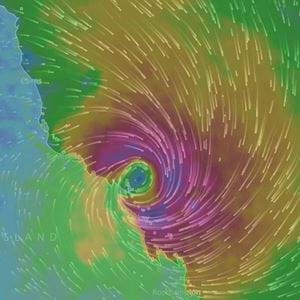 Sydney Will Cop Heavy Rain As Debbie Moves In