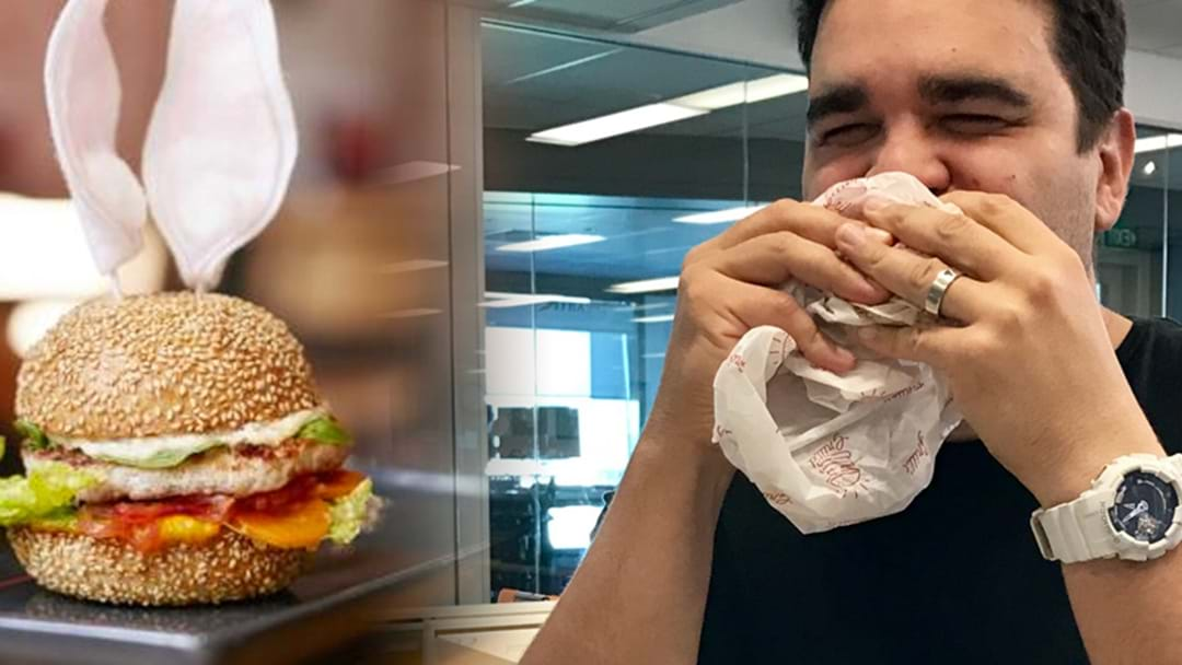 Pete Tries Perth's Easter Bunny Burger