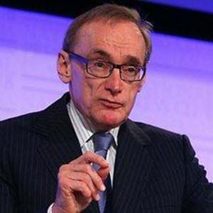 Bob Carr Sends A Warning To Julie Bishop