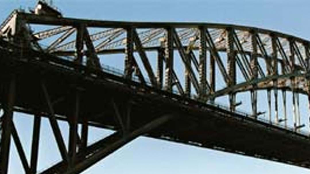 Tourist Assaulted On Harbour Bridge