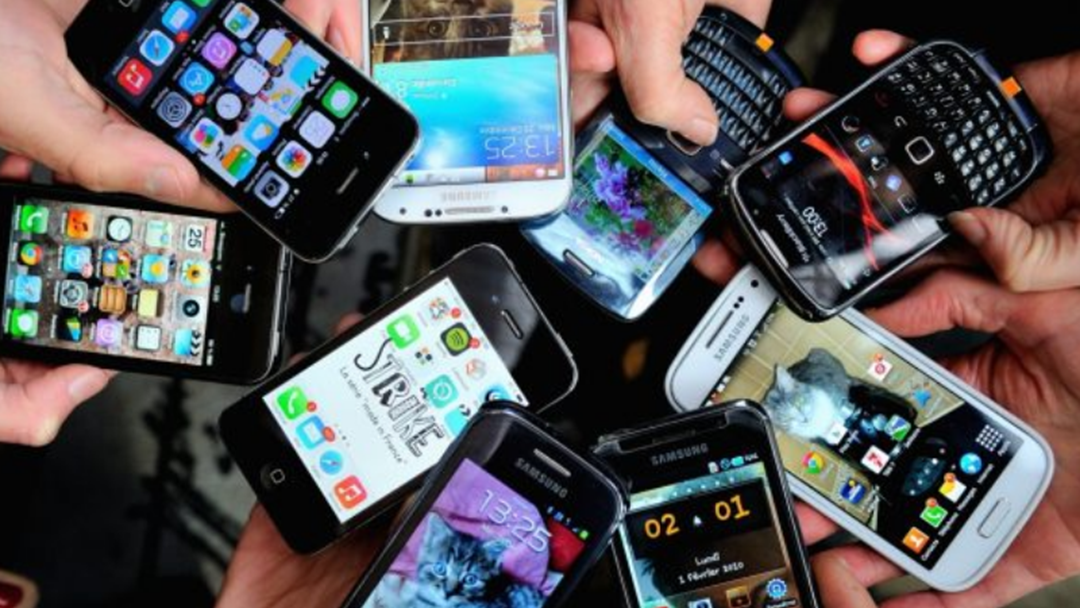 Two Quick Ways To Protect Your Mobile Phone From Cyber Attacks & Hacks