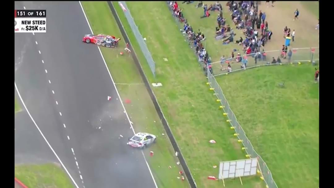 Insane Incident At Bathurst Puts Garth Tander And Scott McLaughlin Out