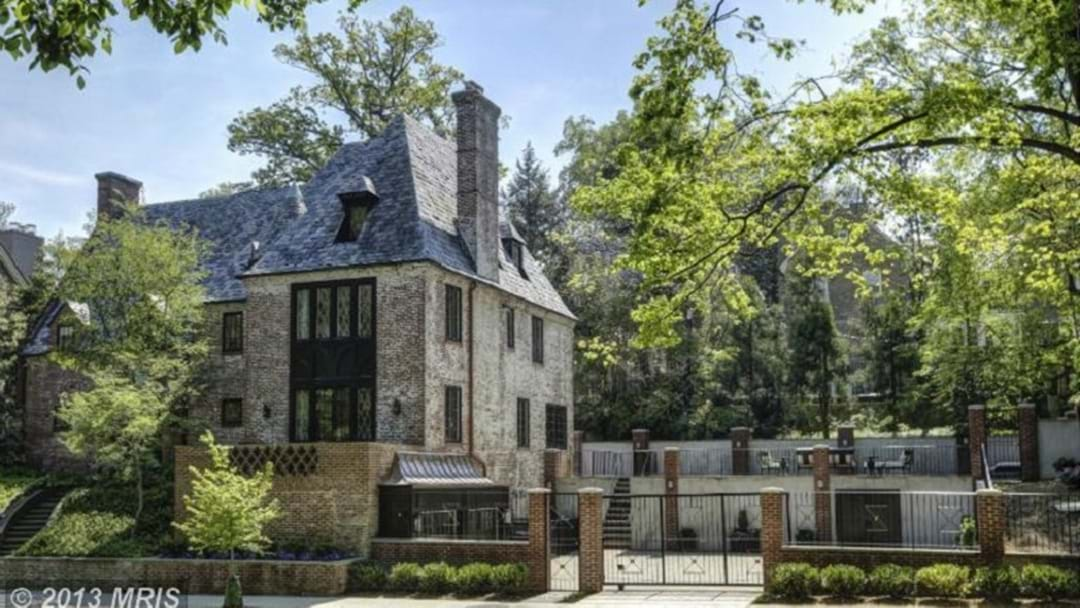 The Obamas' Have A Cool New House