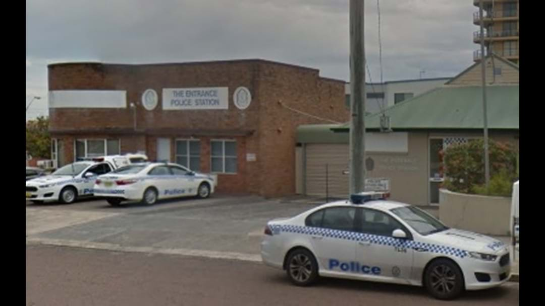Man tries to light police station on fire