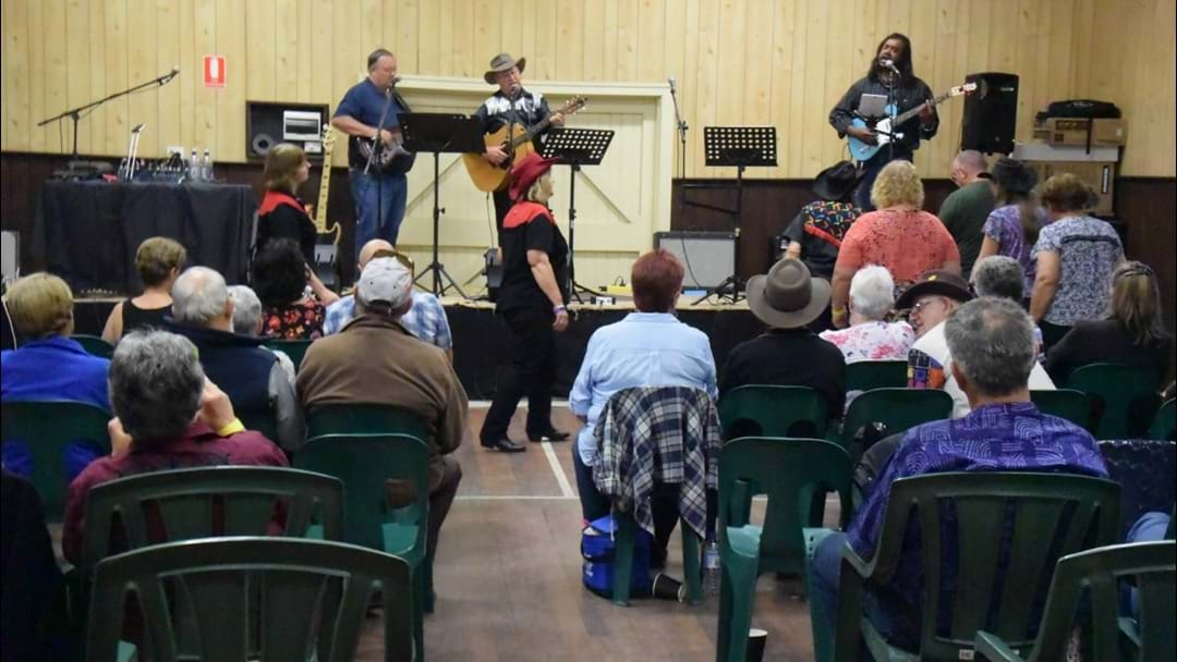 Collie Country Music Club Dance