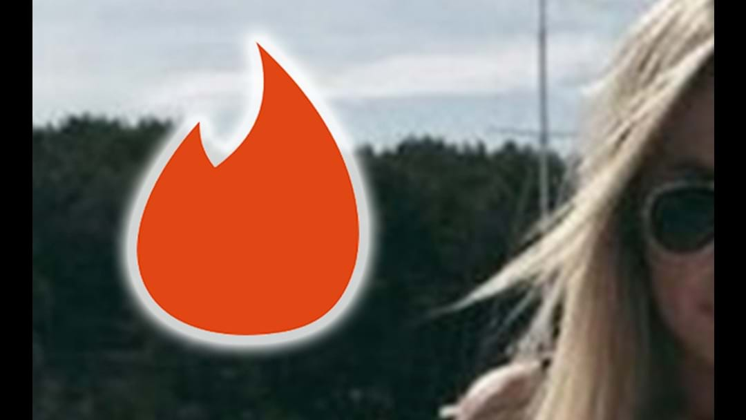 Melbourne Woman Dominates Tinder With One Simple Line