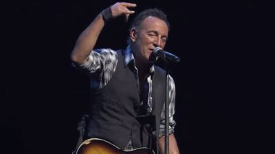 The Spine-Tingling Trailer For Netflix Bruce Springsteen On Broadway Special