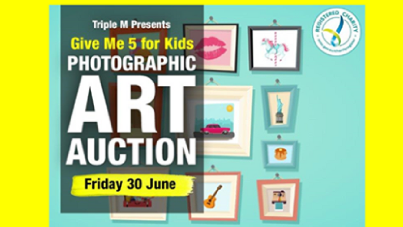 Give me 5 for kids photographic art auction for Local craft fairs near me