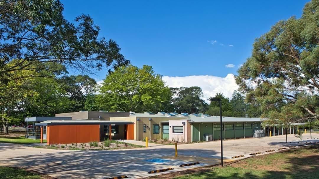Ronald McDonald House Orange, Served a New Tennis Court