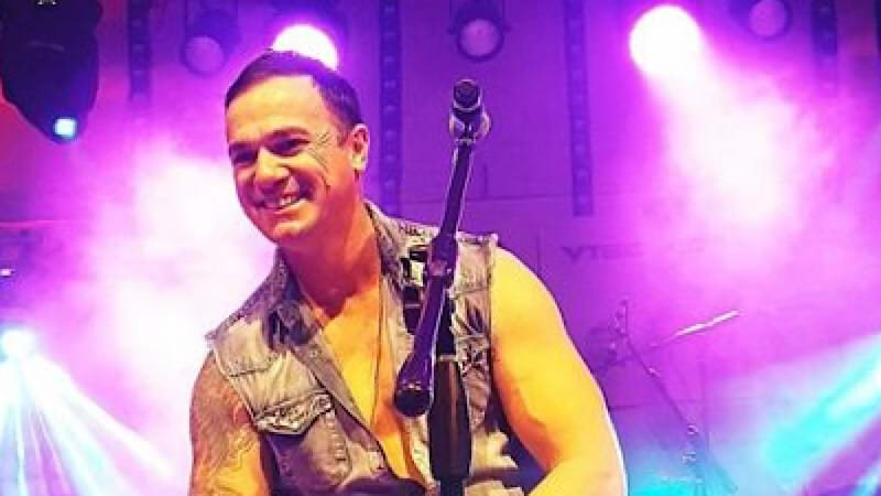 Article heading image for Firecracker Injures Band Member at Mid North Coast Shannon Noll Gig
