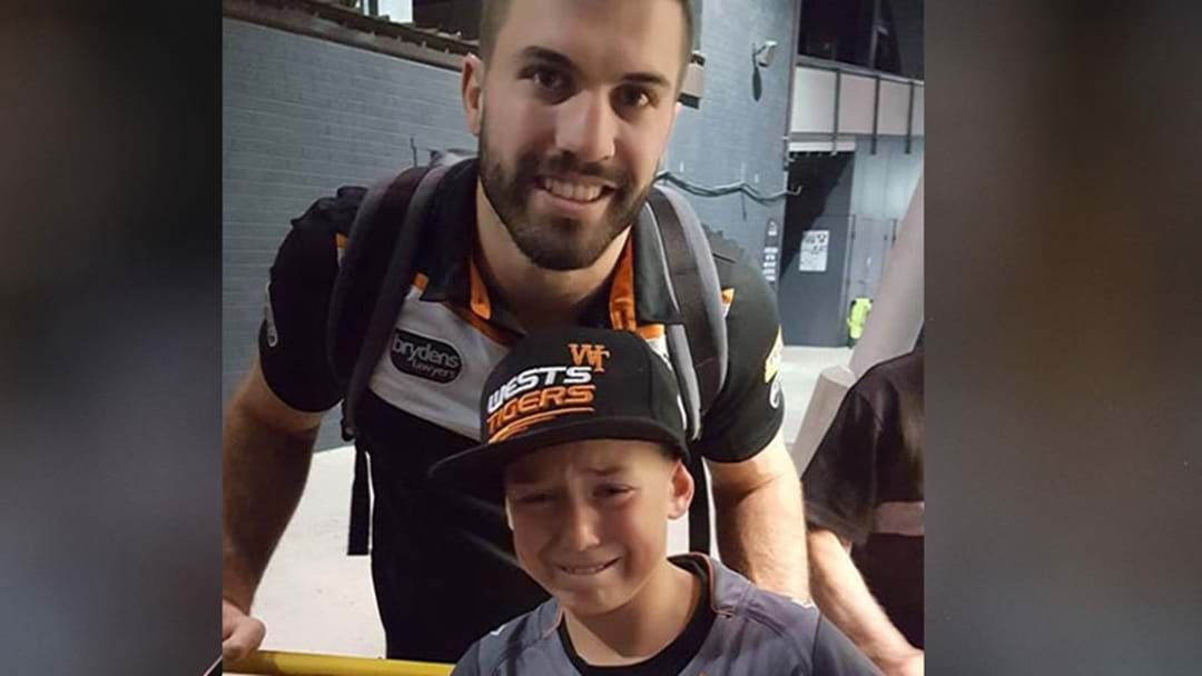 Fan's Emotional Encounter With His NRL Hero