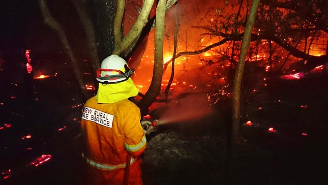 Bush Fire Flares Up Again In Sydney's Northern Beaches