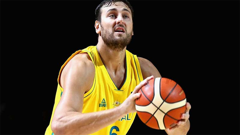Agent Andrew Bogut Agrees to One-Year Deal with LA Lakers