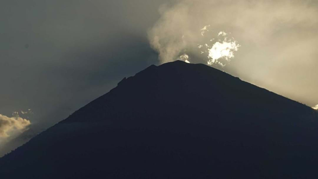 130,000 People Relocated As Mount Agung Steam Cloud Forms