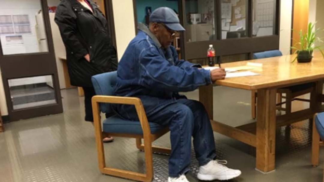 Reports O.J. Simpson Freed On Parole