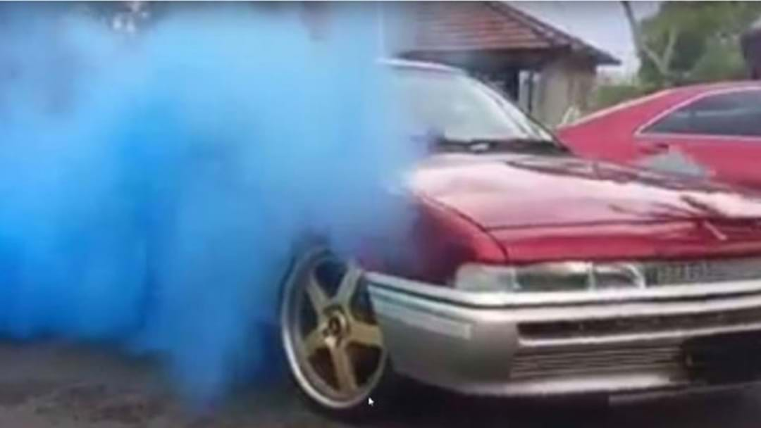 Gender Reveal Burnouts Are Now A Thing Apparently