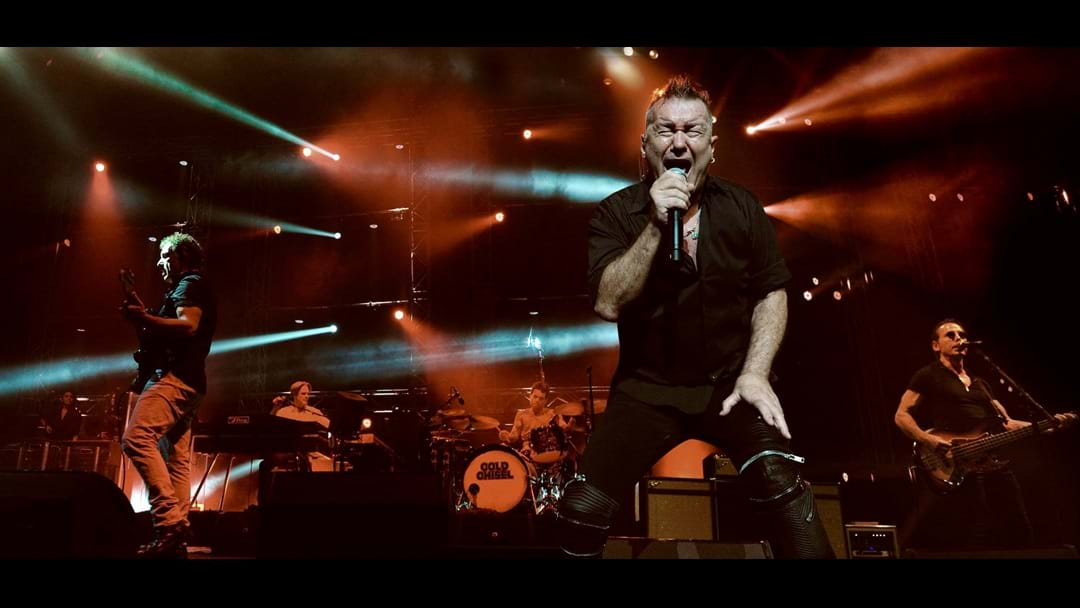 "mix94.5 EXCLUSIVE: Cold Chisel's 2015 Live Performance Of ""Rising Sun"""