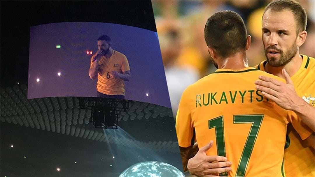 Drake Donned A Socceroos Guernsey For His Gig Last Night