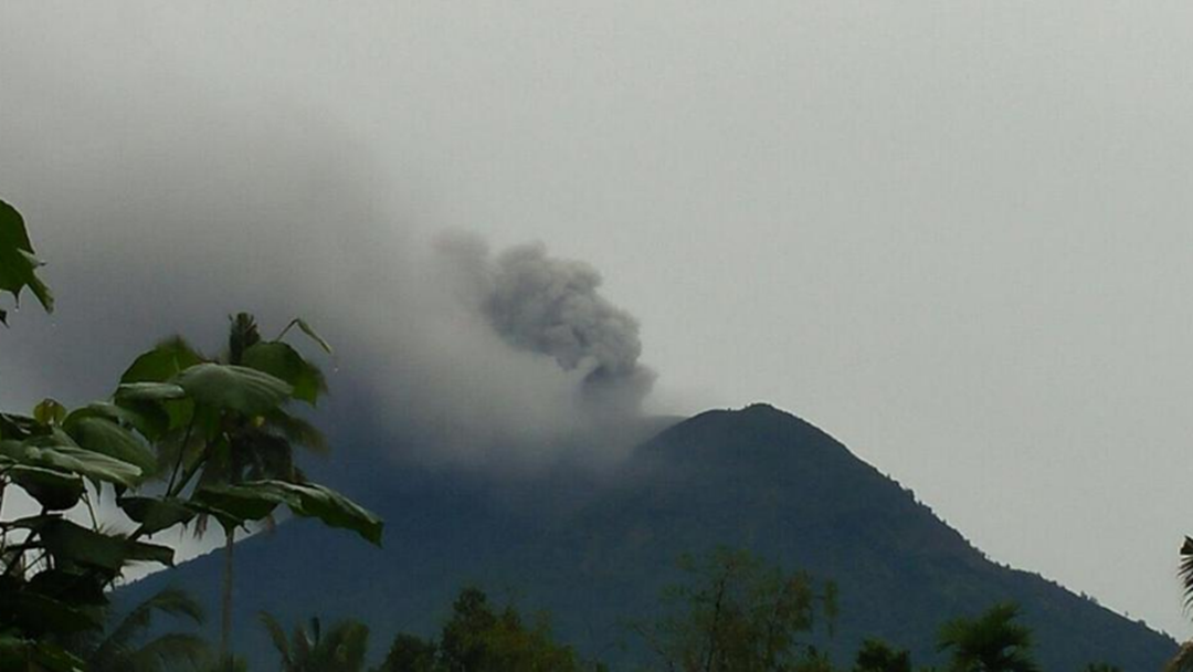 Travel Insurance Warning For Aussies Affected By Bali Volcano