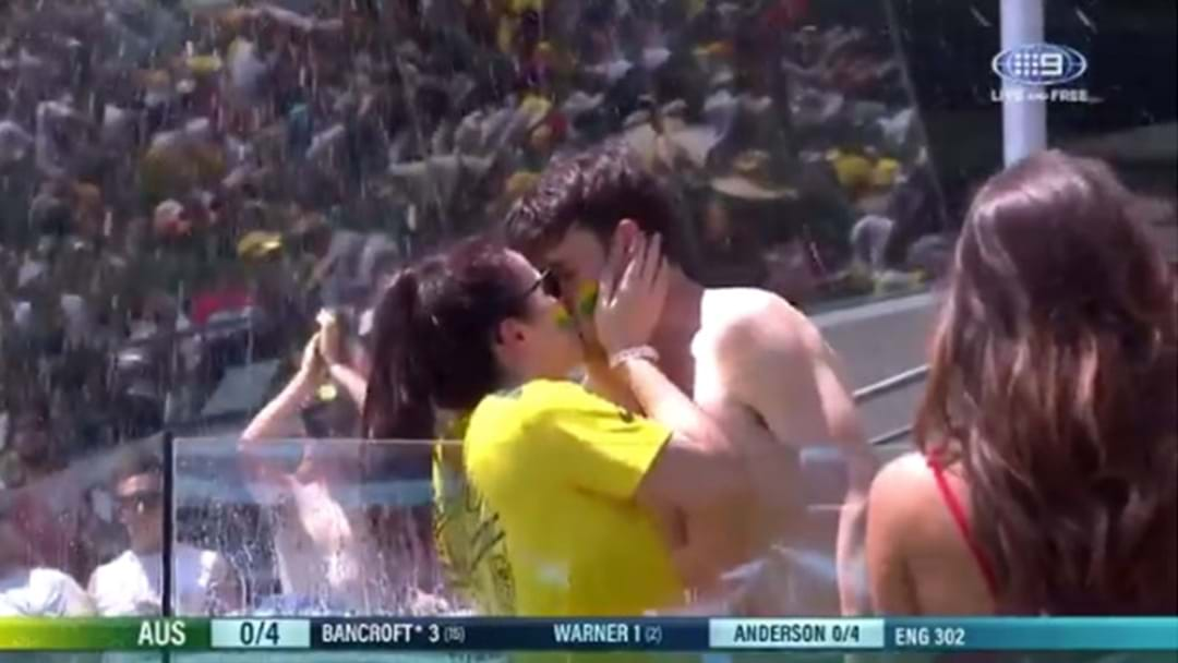 Some Bloke Proposed To His Missus In The Gabba Pool Today
