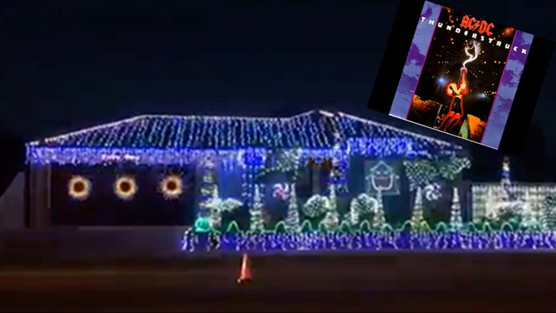 some aussie legend has his christmas lights flash along to thunderstruck