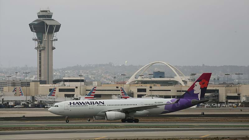 This Hawaiian Airlines Flight Took Off in 2018 and Landed in 2017