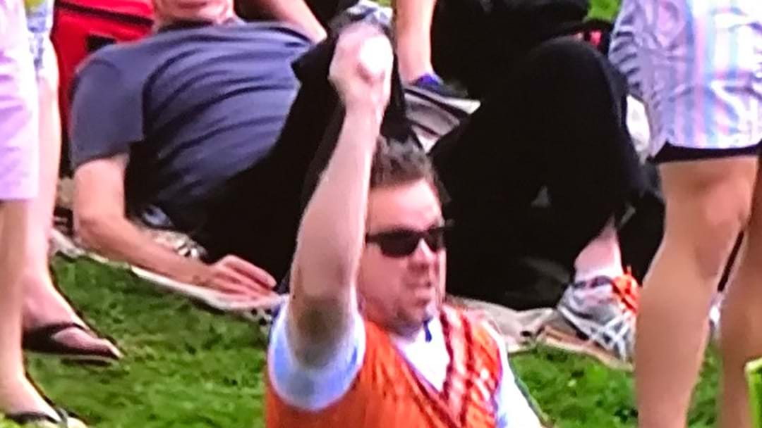 Kiwi Bloke Nets $50k For Snagging An Absolute Beauty Of A Crowd Catch