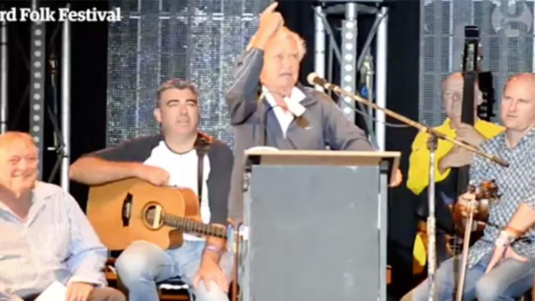 Bob Hawke Belts Out Waltzing Matilda At Woodford Folk Festival