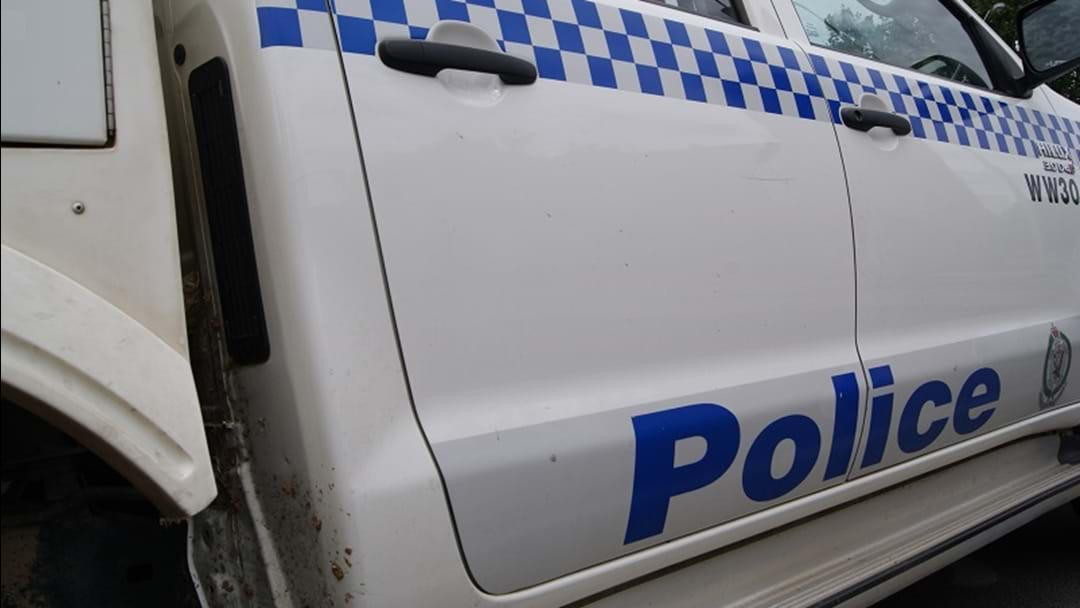 Police seek trio over Gundagai robbery