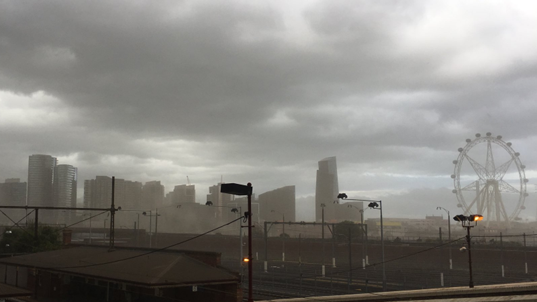 VIDEO: Dust Storm Hits Melbourne