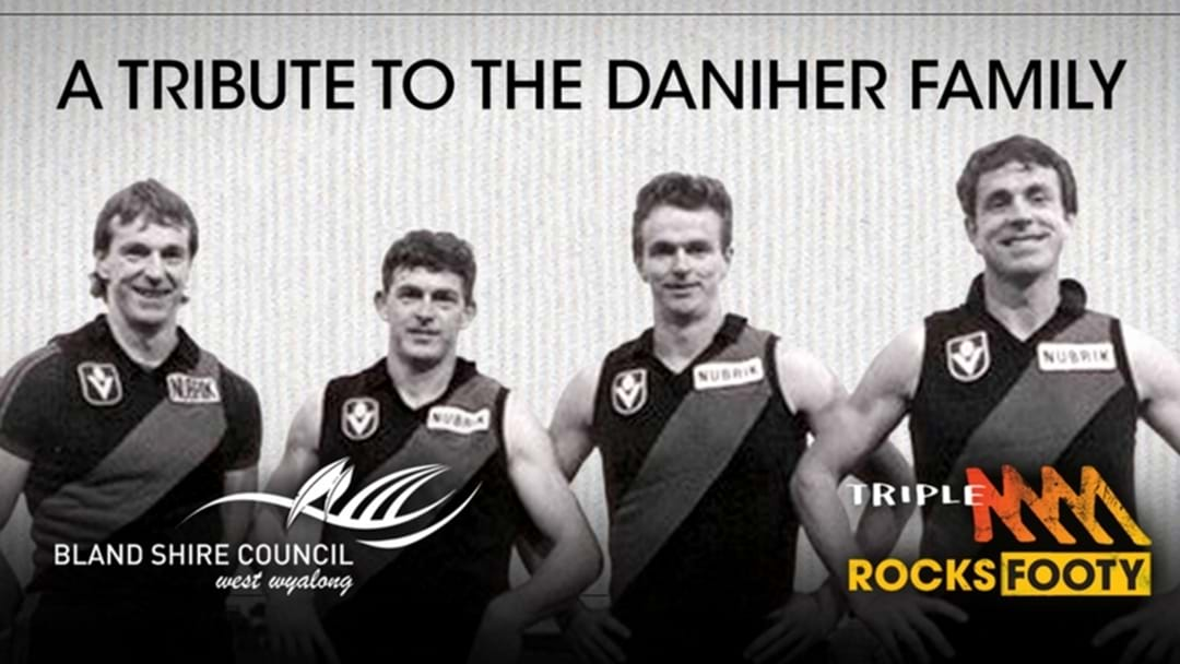 A Giant Aussie Rules Football Will Be Unveiled In Ungarie Next Weekend!