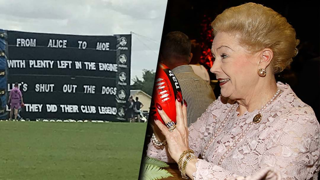 Collingwood's AFLW Banner Has Taken A Susan Alberti Related Pop At The Dogs