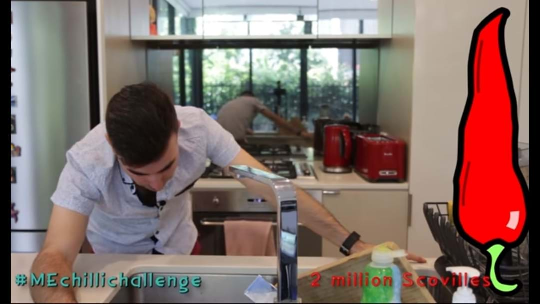 Check Out This Bloke Entering A World Of Pain Eating The World's Hottest Chilli