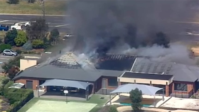 Massive fire breaks out at Melbourne retirement home