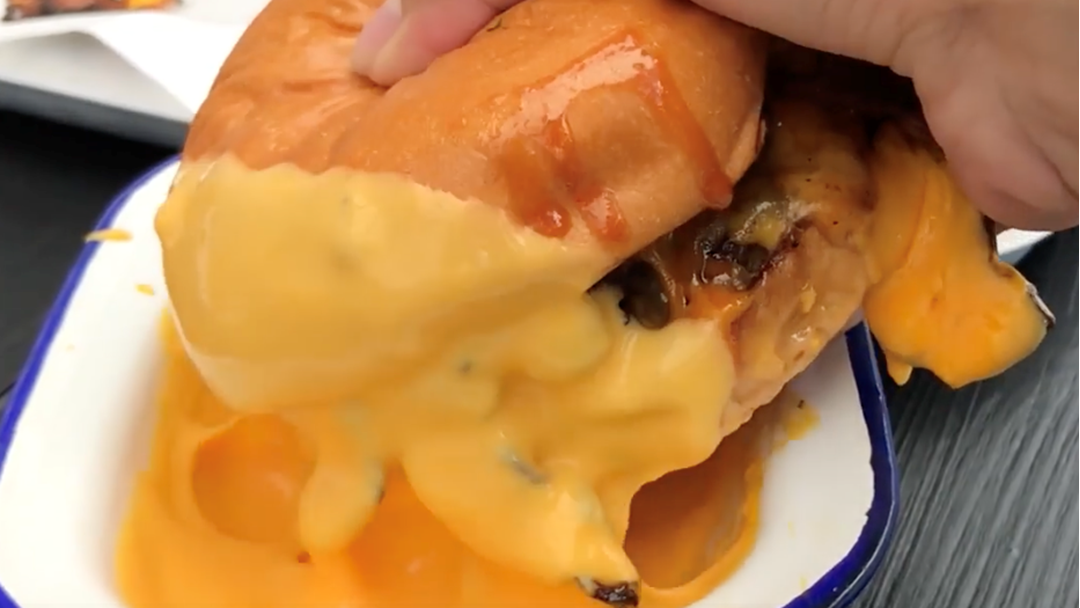 This Sydney Burger Joint Lets You Dip Your Burg In A Bowl Of Melted Cheese