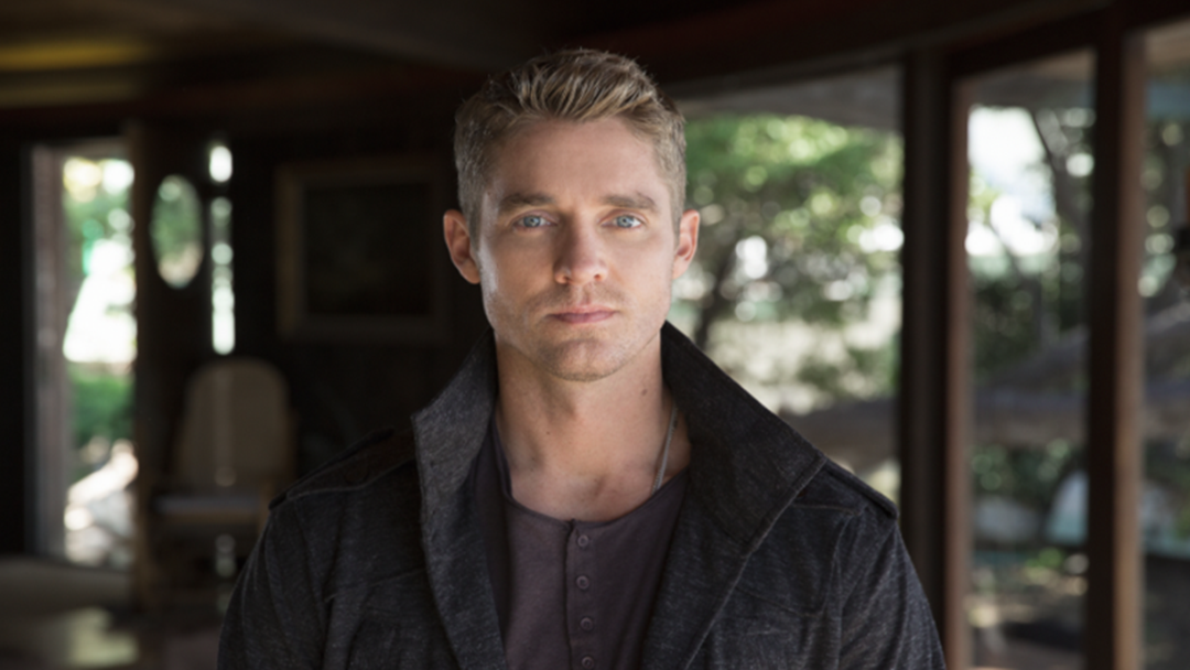 Brett Young is ACMA's New Male Vocalist of the Year.