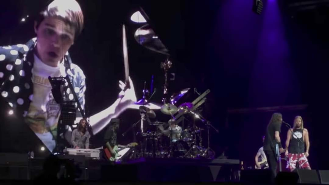 Foo Fighters Get Kid Up On Stage (Again) And He NAILS Drum Solo