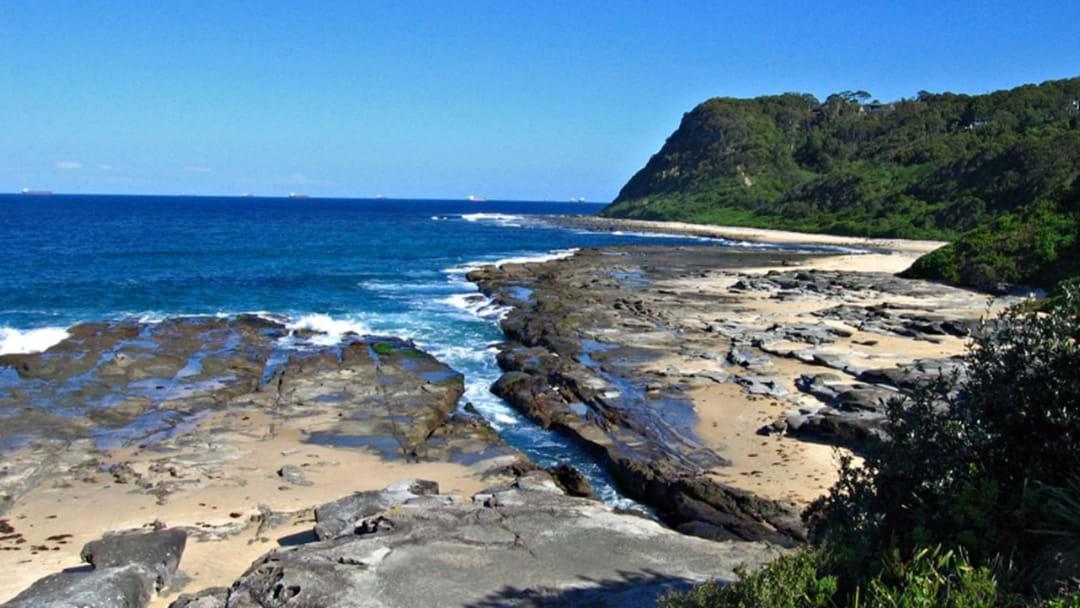 EMERGENCY: Bushwalker Falls From A Dudley Cliff