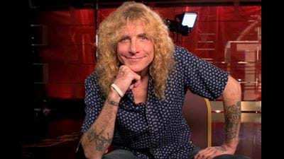 Steven Adler Accidentally Sets Off Smoke Alarm