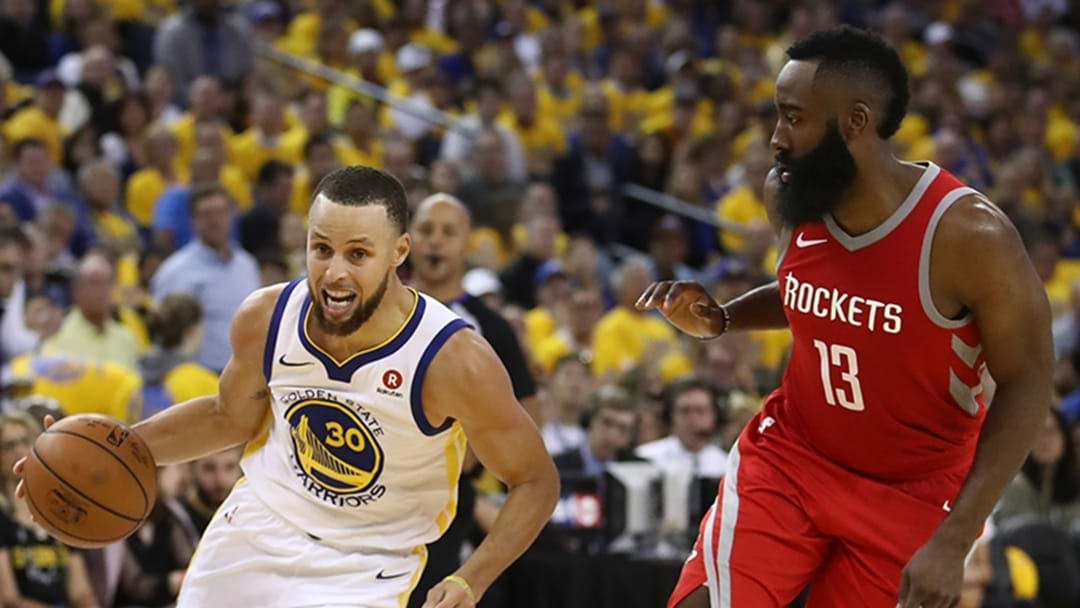 Curry, Warriors Rout Rockets