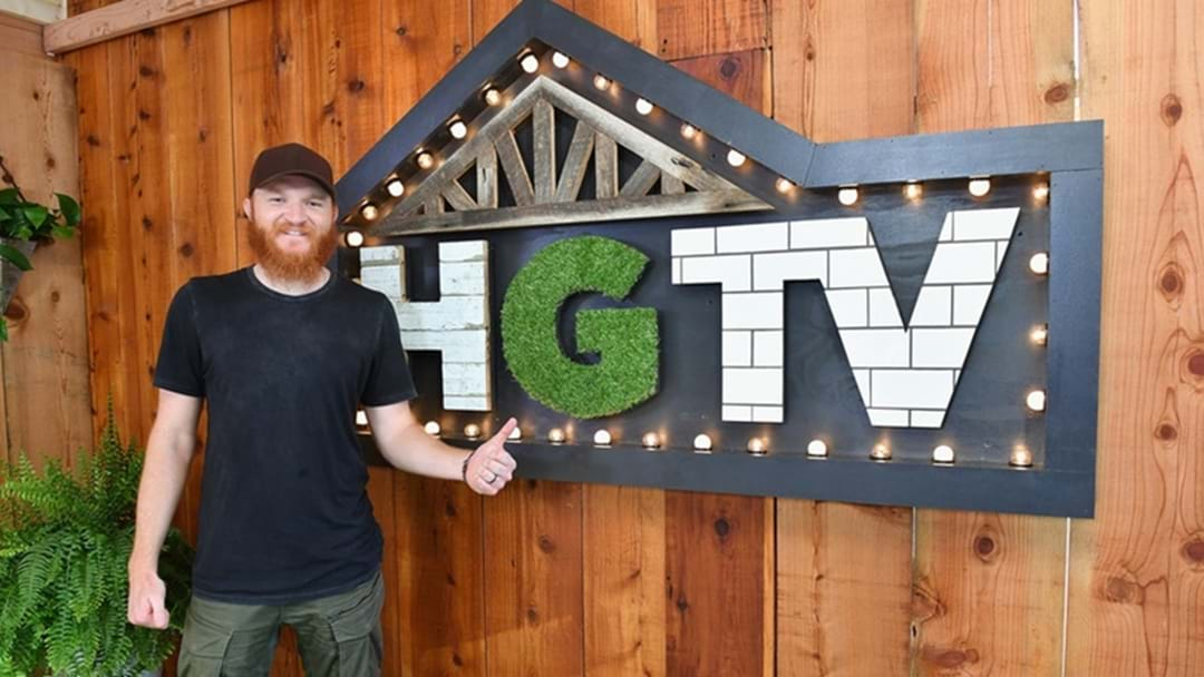 Eric Paslay Proves He's Quite the Handyman