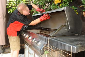 how to keep your bbq clean