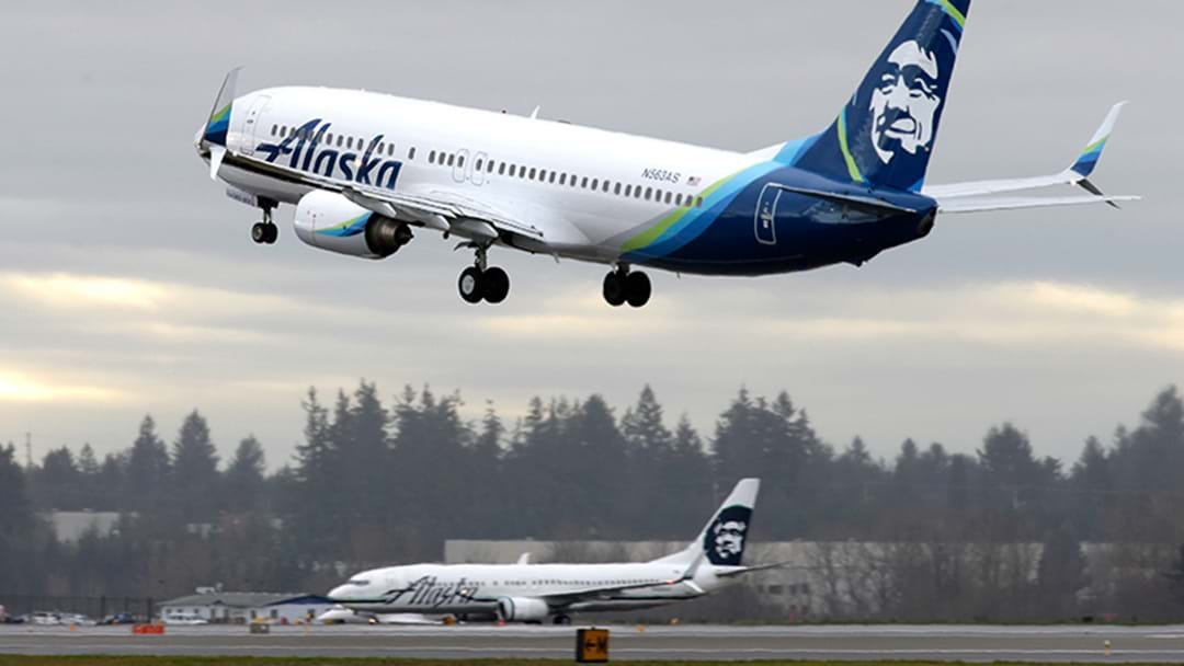 Bloke Steals And Crashes Passenger Jet From Seattle Airport