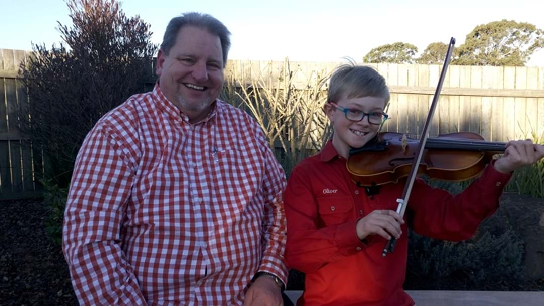 10-Year-old Busker Helps Hospice
