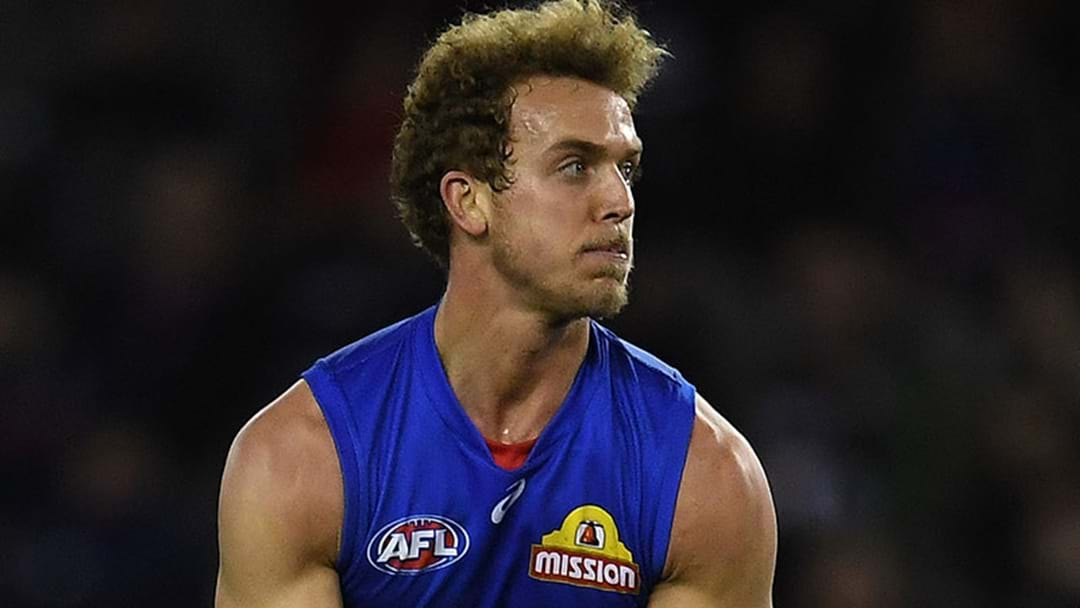 Wallis Re-Signs With Bulldogs