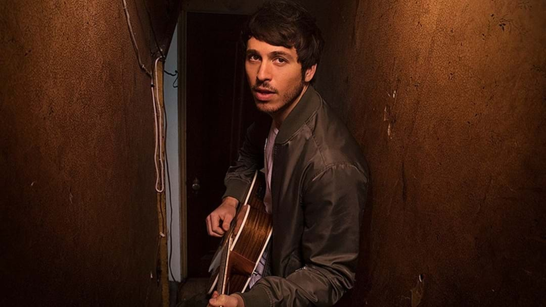 Morgan Evans Celebrates His First US Chart-Topper