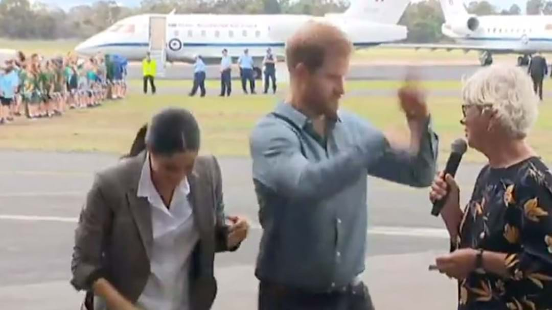 Prince Harry Showcases The Real Dubbo, Can't Quite Handle All The Flies