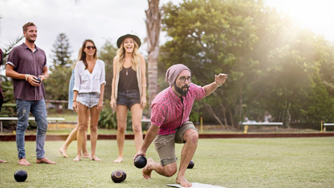 Have You Visited The Mermaid Beach Bowls Club Night Market?