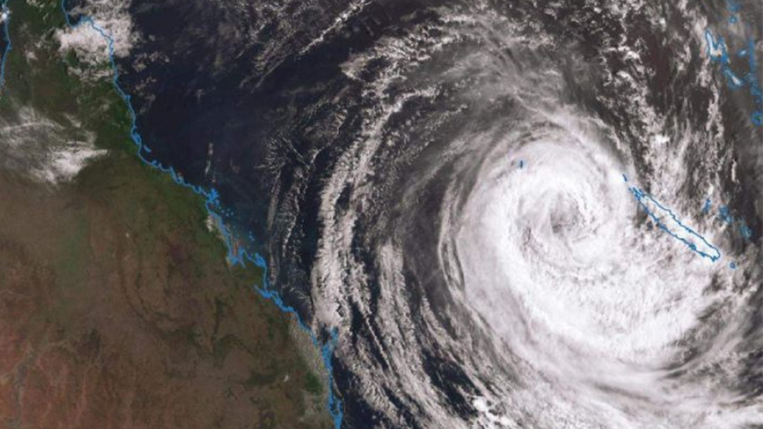 This Is What The Gold Coast Can Expect From Cyclone Oma This Weekend
